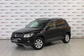 Volkswagen Tiguan 2013 г. (черный)