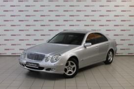 Mercedes-Benz E-klasse 2002 г. (серебряный)
