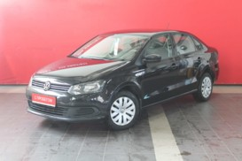 Volkswagen Polo 2013 г. (черный)