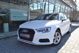 Audi A3 2018 г. (белый)