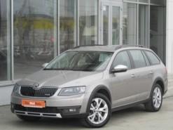Škoda Octavia 2016 г. (бежевый)
