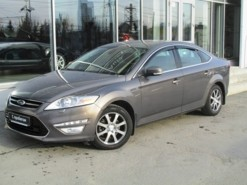 Ford Mondeo 2012 г. (коричневый)