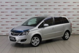 Opel Zafira 2013 г. (серебряный)