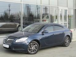 Opel Insignia 2012 г. (синий)