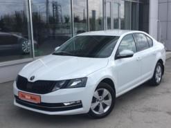 Škoda Octavia 2017 г. (белый)