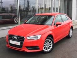 Audi A3 2016 г. (красный)