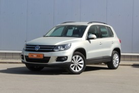 Volkswagen Tiguan 2012 г. (золотой)