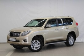 Toyota Land Cruiser Prado 2010 г. (бежевый)