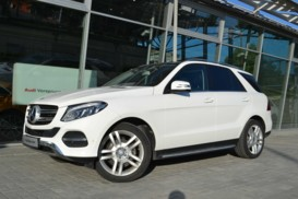 Mercedes-Benz GLE 2016 г. (белый)