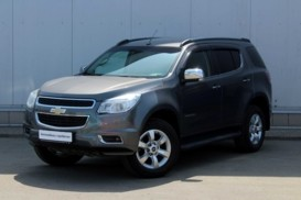 Chevrolet Trailblazer 2014 г. (серый)