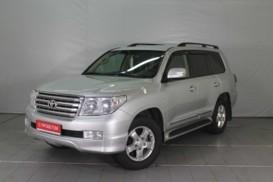 Toyota Land Cruiser 2010 г. (серебряный)