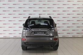 Mitsubishi Outlander 2012 г. (коричневый)