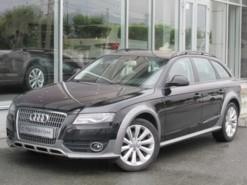 Audi A4 2010 г. (черный)