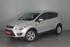 Ford KUGA 2012 г. (серебряный)