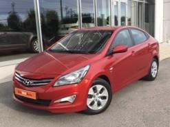 Hyundai Solaris 2015 г. (красный)