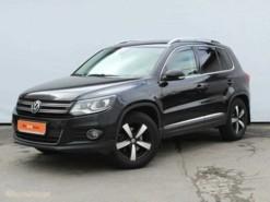 Volkswagen Tiguan 2014 г. (черный)
