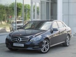Mercedes-Benz E-klasse 2014 г. (синий)