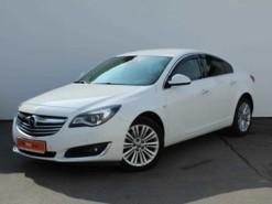 Opel Insignia 2015 г. (белый)