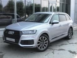 Audi Q7 2016 г. (серебряный)