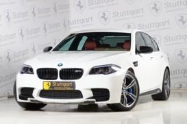 BMW M5 2011 г. (белый)