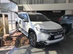 Mitsubishi Pajero Sport 2017 г. (белый)