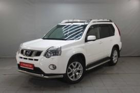 Nissan X-Trail 2014 г. (белый)