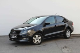 Volkswagen Polo 2017 г. (черный)