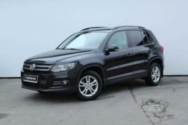 Volkswagen Tiguan 2011 г. (черный)