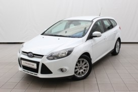 Ford Focus 2013 г. (белый)