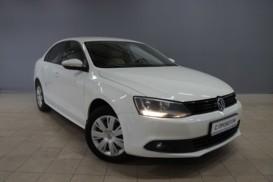 Volkswagen Jetta 2012 г. (белый)