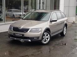 Škoda Octavia 2014 г. (бежевый)