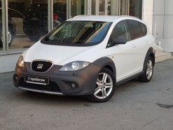 SEAT Altea 2011 г. (белый)