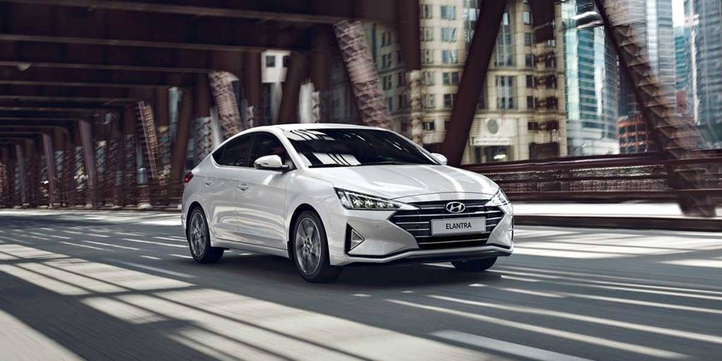Новая Hyundai ELANTRA.