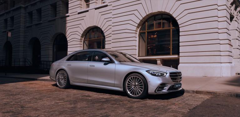 Новый Mercedes-Benz S-Класс. Возглавляет будущее. Заботится о главном